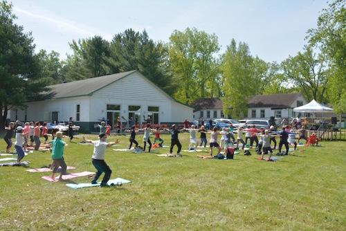 L'événement Shantaya pour la cause rassemble plusieurs adeptes de yoga et de méditation depuis bientôt trois ans.  Photo gracieuseté