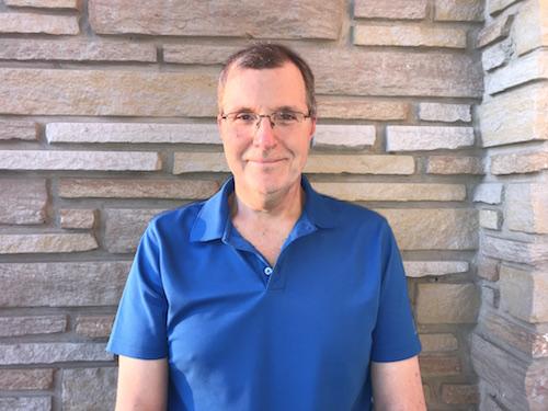 Yves Bouthillette, superviseur électrique de métier, est nouvellement auteur.  Photo gracieuseté