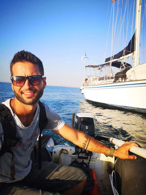 Kenny Caselli, depuis plus d'un an, fait le tour du monde en voilier.  Photo gracieuseté
