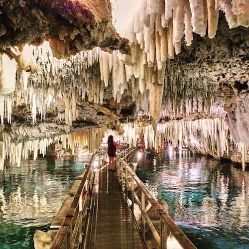 Cliché capté à Crystal Caves aux Bermudes.  Photo gracieuseté