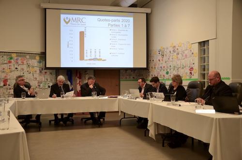 Contrairement à l'an dernier, les maires de la MRC de Pierre-De Saurel ont adopté le budget 2020 comme prévu à la séance du 27 novembre. Photo Sébastien Lacroix | Les 2 Rives ©