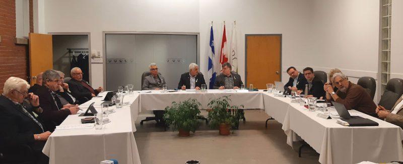 Les 12 maires ont tenu une rencontre à huis clos, le 9 novembre. Photothèque