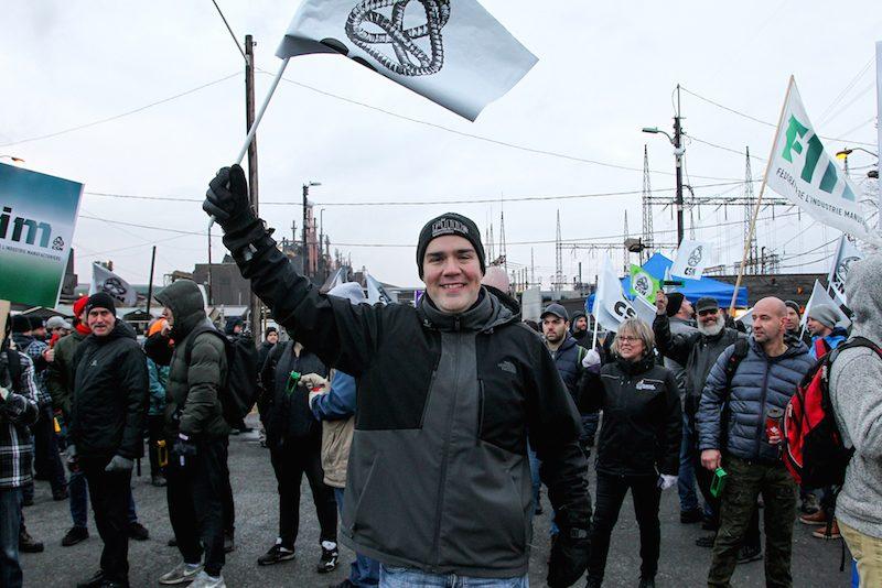 Le Syndicat des ouvriers de Rio Tinto Fer et Titane a tenu une manifestation pour dénoncer les relations de travail difficiles à l'intérieur de l'usine.  Photo Pascal Cournoyer | Les 2 Rives ©