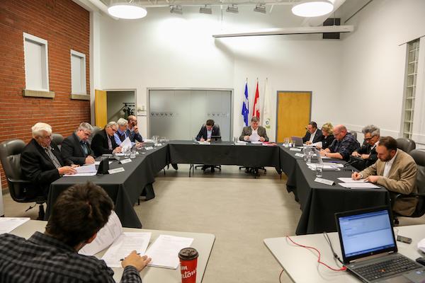 Un malaise a été ressenti autour de la table des maires lors d'une nomination au sein du comité régional culturel. Photo Pascal Cournoyer | Les 2 Rives ©
