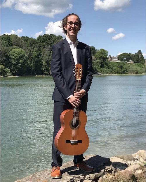 Tommy Dupuis ira faire un stage de guitare classique en Allemagne