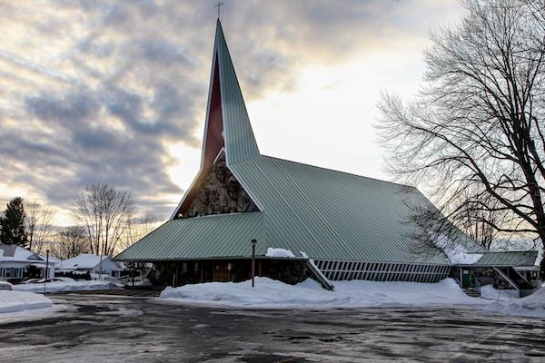 L'église Enfant-Jésus est un des 12 bâtiments que la Ville veut protéger. Photo Pascal Cournoyer | Les 2 Rives ©