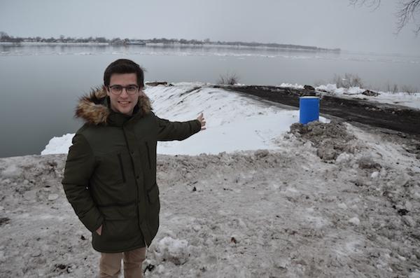 Le maire Vincent Deguise souhaite remettre le parc de la Pointe-Aux-Pins au goût du jour. Photo Sébastien Lacroix | Les 2 Rives ©