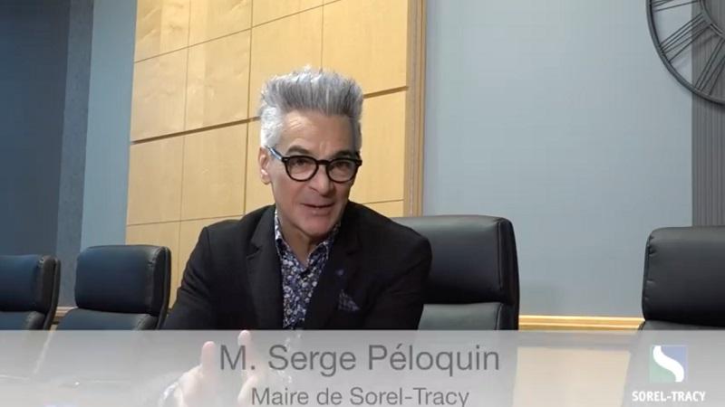 Le maire de Sorel-Tracy, Serge Péloquin, a fait le point à quelques reprises via des vidéos publiées sur sa page Facebook. Photo capture d'écran
