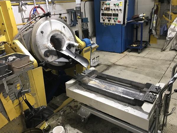 Une première coulée d'alliage d'aluminium-scandium a eu lieu au Centre de recherche et développement d'Arvida (CRDA) de Rio Tinto Alcan.  Photo gracieuseté