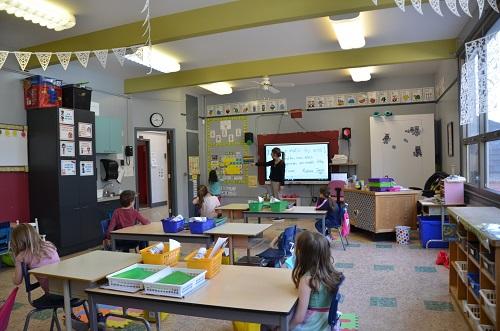 Dès le 24 août, les enseignants prendront possession de leur classe afin de l'aménager selon leurs désirs. .  Photo Katy Desrosiers | Les 2 Rives ©