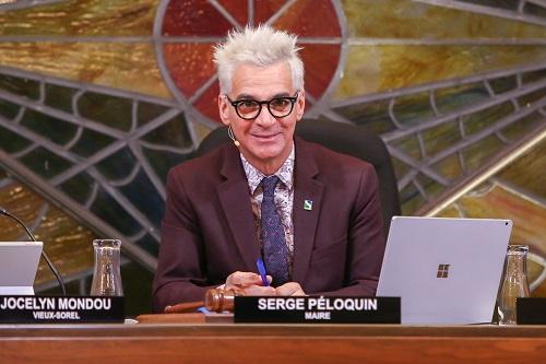 Le maire de Sorel-Tracy, Serge Péloquin, soutient que Québec pourrait avancer de l'argent dans la région au cours des prochaines semaines. Photo Pascal Cournoyer | Les 2 Rives ©