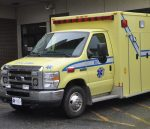 Un vol d'ambulance se termine en poursuite policière